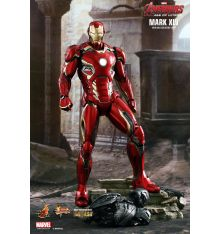Hot Toys MMS300D11 Avengers: Age of Ultron Iron Man Mark XLV 1/6th Scale Collectible Figure