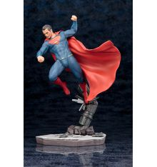 Kotobukiya Batman v Superman: Dawn of Justice Superman ArtFX+ Statue