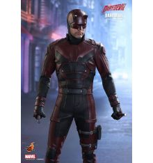 Hot Toys TMS003 Marvel's Daredevil 1/6th Scale Collectible Figure