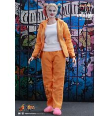 Hot Toys MMS407 Suicide Squad Harley Quinn (Prisoner Version) 1/6th scale Collectible Figure