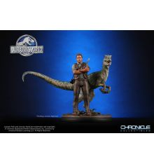 Chronicles Collectibles Jurassic World Owen and Blue 1:9 Scale Statue