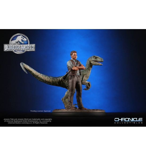 chronicles collectibles jurassic world owen and blue 1 9 scale statue simply toys llp. Black Bedroom Furniture Sets. Home Design Ideas