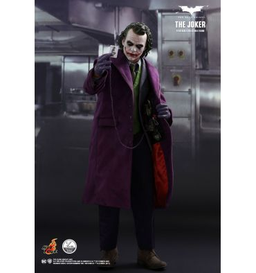 Hot Toys QS010 THE DARK KNIGHT - THE JOKER 1/4TH SCALE COLLECTIBLE FIGURE