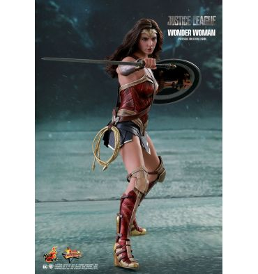 Hot Toys MMS450 Justice League Wonder Woman 1/6th Scale Collectible Figure