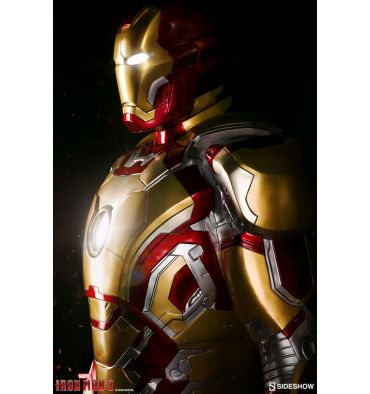 Sideshow Collectibles Iron Man Mark 42 Life-Size Figure
