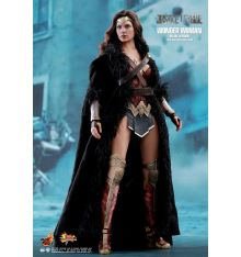 Hot Toys MMS451 Justice League Wonder Woman Deluxe 1/6th Scale Collectible Figure